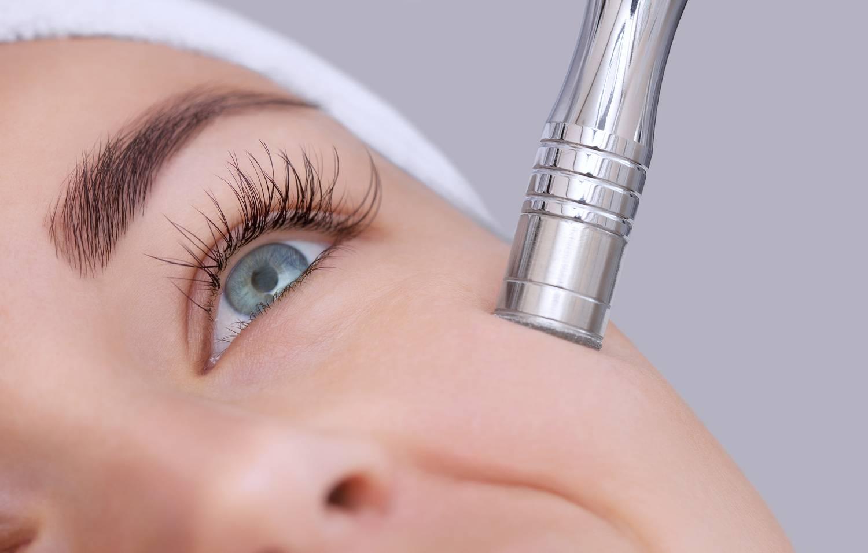 Laser frakcyjny - zastosowanie do odmładzania skóry